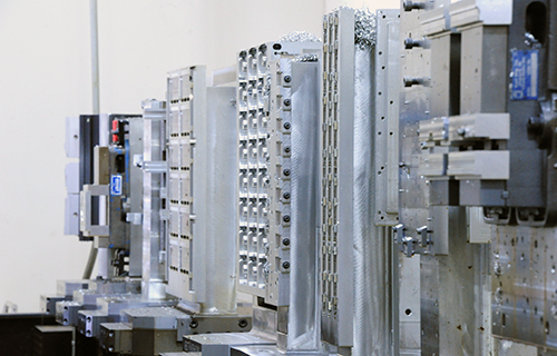 Vertical CNC Milling - Horizontal CNC Milling - CNC Screw Machining - California